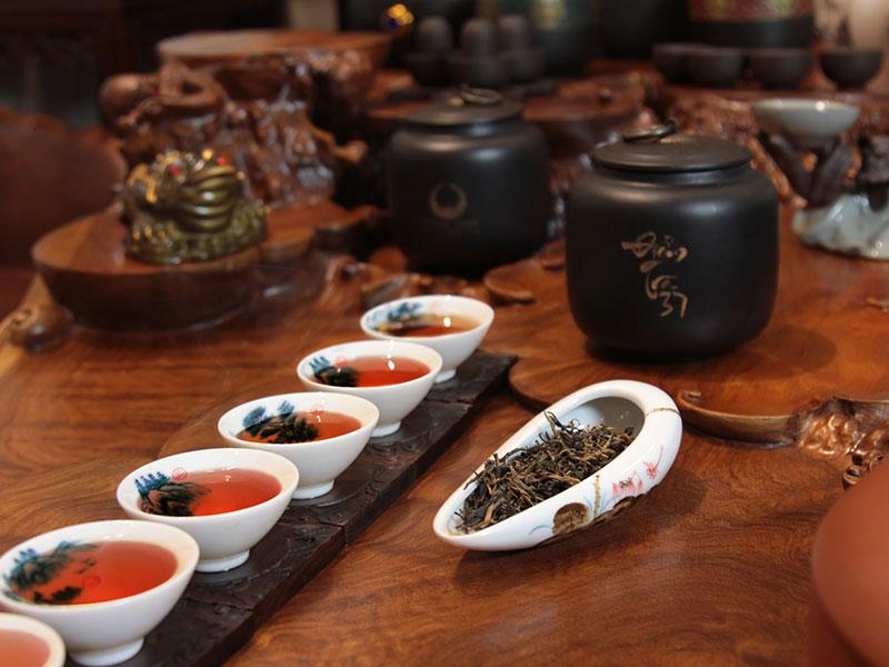 Thưởng thức các loại trà thượng hạng