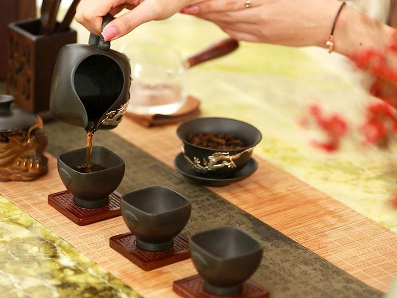 Hồng trà và công dụng của hồng trà