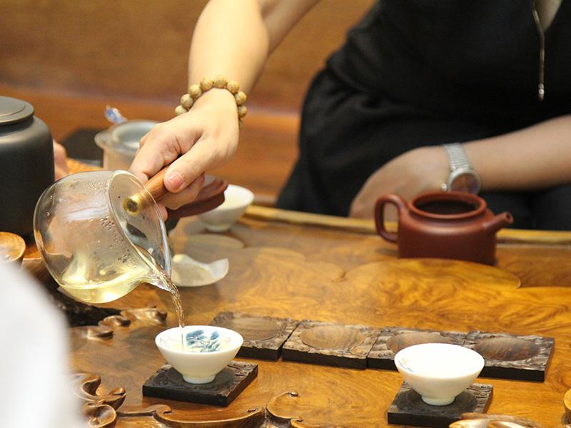 Văn hóa uống trà – Nét truyền thống lâu đời đậm chất Việt