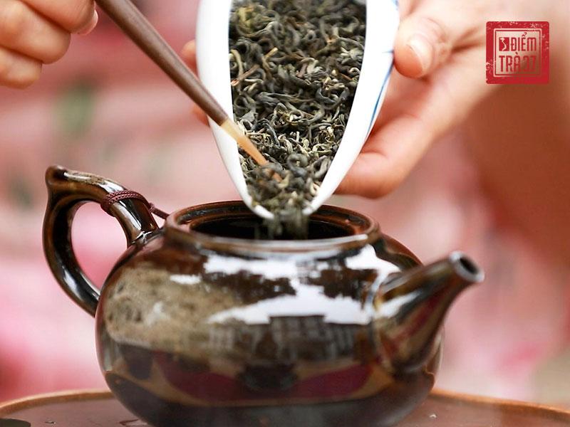 Tùy vào cấp độ oxy hóa khác nhau mà trà thành phẩm có 4 loại chính