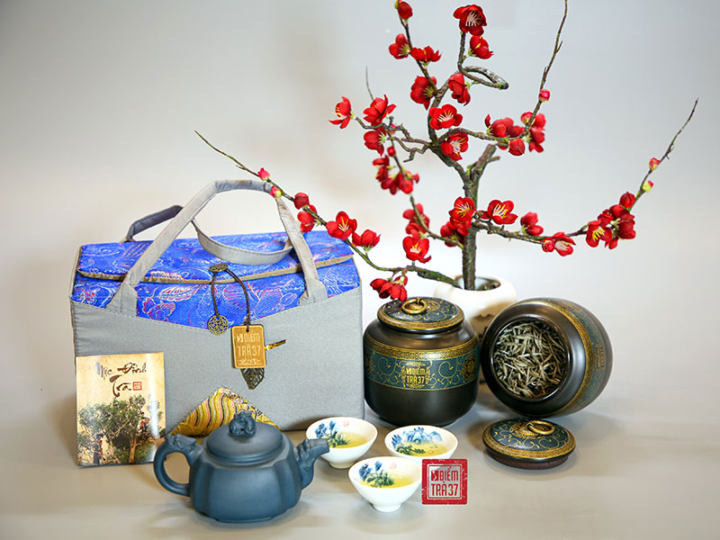 Điểm trà 37 là nơi lưu giữ những giá trị truyền thống trong từng phẩm trà cổ thụ thượng hạng