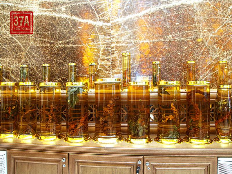 Nhà hàng 37A Hùng Vương được ví như bảo tàng sâm thu nhỏ tại Hà Nội