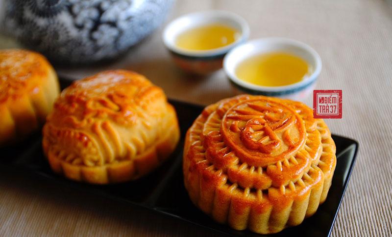 Truyền thống ăn bánh trung thu uống trà mỗi dịp trăng rằm