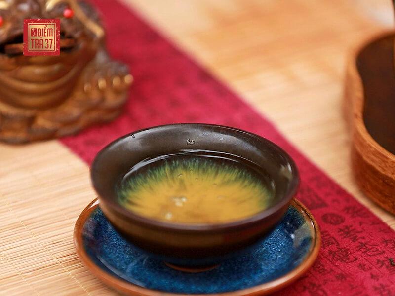 Những nghiên cứu khoa học cho thấy trà xanh có khả năng ngăn ngừa và ức chế virus